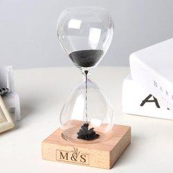 Hediyesec - Çiftlere Özel Baş Harf Tasarımlı Manyetik Kum Saati